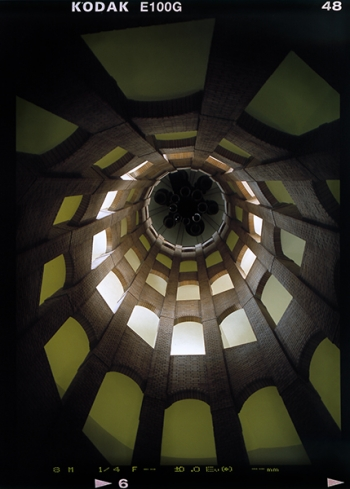 Wendeltreppe und Treppenauge im Glockenturm des Franzoesischer Dom am Gendarmenplatz, Berlin Mitte - © bildraum-f   fotografie