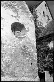 Munderkingen - Rückwand der verfallenen Kapelle in der Weitzmannstraße Ecke Erblache - © bildraum-f | fotografie