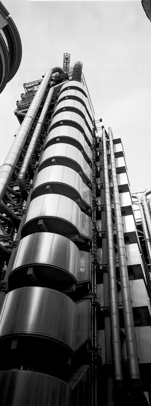 Südliches Treppenhaus Lloyds of London, Richard Rogers Partnership - © bildraum-f   fotografie