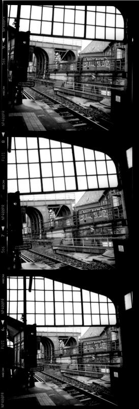 Ansichtsache, Bahnsteig am U-Bahnhof Gleisdreieck, Berlin, 2009 - © bildraum-f   fotografie