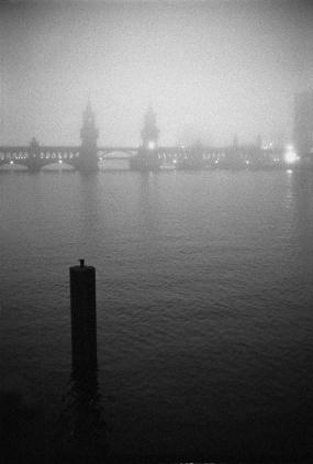 Winter 2013 in Berlin, Nebel über der Spree, Oberbaumbrücke - © bildraum-f   fotografie