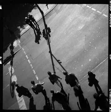 Fußgängerübergang an Kreuzung in Kreuzberg am Schlesichen Tor