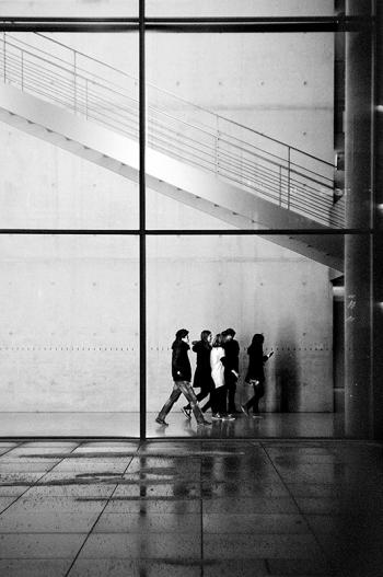 Nächtliche Führung in den Abgeordnetenbüros und Sitzungssälen des Bundestages im Paul-Löbe-Haus   Regierungsviertel Berlin - © bildraum-f   fotografie