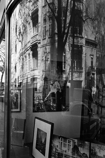 In weiter Ferne, so nah! Ostern 2014, Engel Cassiel in Berlin  - © bildraum-f   fotografie